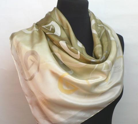 3788025cbfe Hedvábný šátek. zlatá bílá hnědá hedvábí luxusní stříbrná hedvábný šátek  béžový ručně malovaný