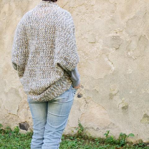 Háčkovaný svetřík... dárek zima podzim jarní přehoz moderní elegantní záda  dáreček žena háčkování 7e12771060