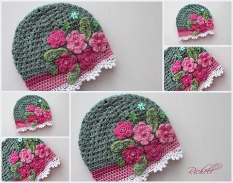Romantika v zeleném zelená růžová jarní dívčí barevná veselá bavlněná  kytičková pro holčičky háčkovaná čepička s 12f7e5528b