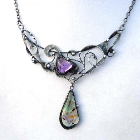 Spirálový...ametyst,sklo šperk přívěsek cín sklo ametyst luxusní tiffany minerály